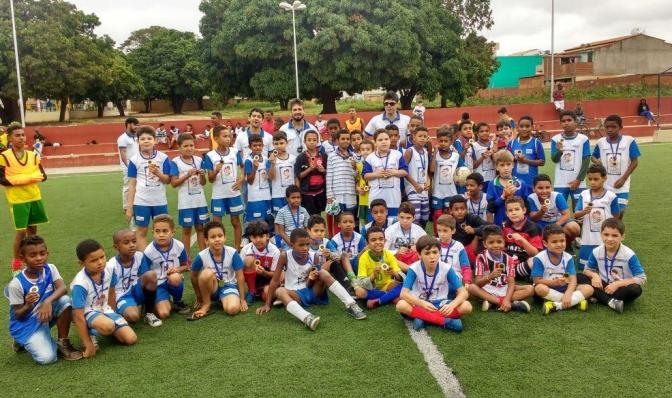 Encerrada primeira etapa do Projeto Bom de Escola Bom de Bola em Caetité