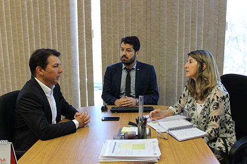 Deputado se reúne no MEC para pedir instalação de Campus da UFBA em Guanambi