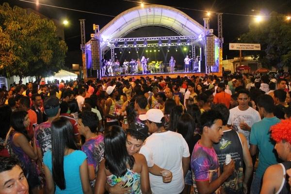 veja a programação do tradicional Carnaval de Mutans deste ano nos dias 10 a 13/02