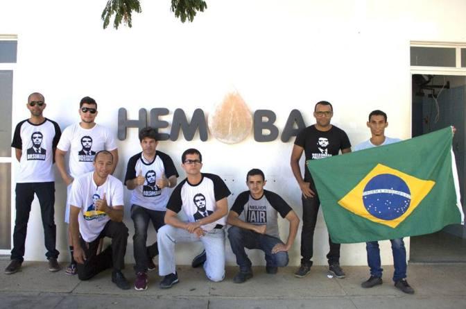 """Guanambi : apoiadores de Bolsonaro lançam campanha para à doação de sangue chamada """"Direita Sangue Bom""""."""