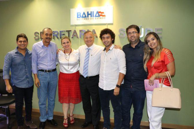 Candiba: Ivana Bastos garante emenda para aquisição de equipamentos do centro cirúrgico do Hospital