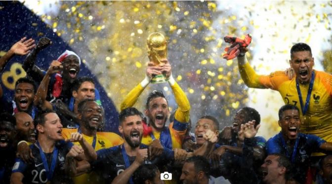 França domina Croácia, consagra nova geração e é bicampeã mundial da Copa